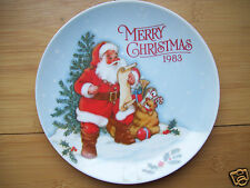 "Gibson Greetings Card Inc. 1983  Merry Christmas Santa 6 1/4"" Wall Hanging Plate"