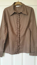 BRAND NEW *NEXT* DARK BEIGE LONG SLEEVED BLOUSE SHIRT WITH RUFFLE FRONT SIZE 20