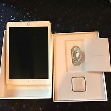 Apple iPad Pro 256GB, Wi-Fi + Cellular (Unlocked), 9.7in - Gold W/Case