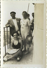 PHOTO ANCIENNE - VINTAGE SNAPSHOT - FEMME MODE MAILLOT BAIN PHARE CORDOUAN 1937
