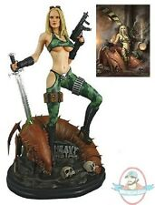 Heavy Metal Alien Marine Girl 1:4 Scale Statue Hollywood Collectibles