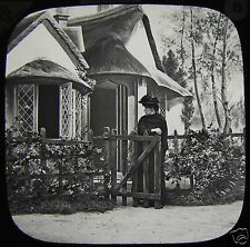 Glass Magic Lantern Slide AVENGED NO5 C1890 VICTORIAN STORY LADY NEAR COTTAGE