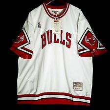 100% Authentic Bulls Mitchell & Ness Bulls Home Shooting Shirt 52 2XL - jordan