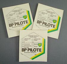LOT 20 ETIQUETTES HUILE BP PILOTE MOTEUR GARAGE AUTOMOBILE VOITURE CHASSIS CAR