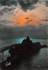 BR8841 La Rocher de la Vierge contre-jour La Plage du Port Vieux Biarritz France