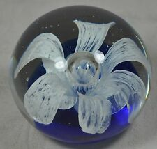 VTG Paperweight White Flower Cobalt Blue Base Controlled Bubble
