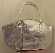 New Elizabeth Arden METALLIC SILVER Purse Bag Handbag