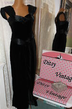 Laura Ashley black velvet dress Ditsy Vintage Size 10 Vintage Vamp Vixen Gothic