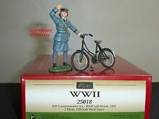 BRITAINS 25018 RAF ROYAL AIR FORCE WAAF WITH BICYCLE METAL TOY SOLDIER FIGURE