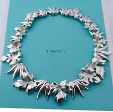 Collectible, Extremely Rare Vintage Tiffany & Co Silver Leaves Leaf Necklace
