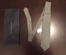 Burberry mens tie - Silk and Cashmere - 100% authentic