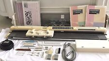 SINGER STUDIO ELECTRONIC KNITTING MACHINE SK580 MOD.580 4.5MM STD GAUGE MACHINE