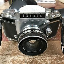 Vintage Exakta 35mm Camera with Carl Zeiss Jenna Lens in Case Germany