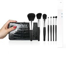 8 PIECE e.l.f. STUDIO DELUXE BRUSH + FAUX LEATHER CLUTH SET #85074