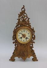 Dekorative französische Pendule Tischuhr Kaminuhr , Gelbguss, um 1900