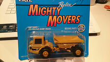 Ertl Replica Mighty Movers Cat D25D Articulated Dump Truck (9996)