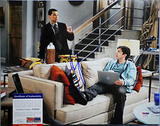 PSA/DNA SIGNED 11X14 PHOTO   JON CRYER (TWO AND A HALF MEN) PE198