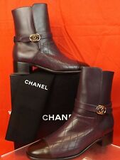 16B NIB CHANEL BURGUNDY QUILTED LEATHER BROWN CC LOGO SHORT BOOTS 40.5 $1300