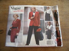 "VINTAGE ""VOGUE CAREER WARDROBE JUPE/ROBE/PANTALON/VESTE/BLOUSE   12/14/16"