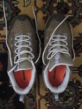 MERRELL NWOB WOMENS CASTLE ROCK/LAGOON ATHLETIC FOOTWEAR  Size 8.5 M