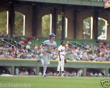 ROBIN YOUNT photo in action Milwaukee Brewers #3 HOF in Comiskey Park (c)