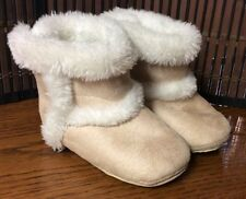 Bellini Baby girls' faux fur lined boots toddler size 4 tan white F27