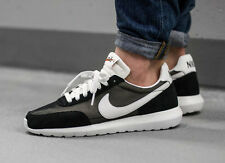 NIKE ROSHE DAYBREAK NM Running Trainers Shoes Gym Casual - UK 8.5 (EUR 43) Black