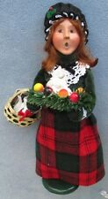 Byers Choice Gifting Woman, Plum Pudding, Basket Presents New and Mint