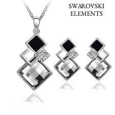 collier boucles d'oreilles Swarovski® Elements carrés noir et blanc argenté