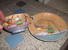 Vintage oriental chine tasse & soucoupe peinte à la main oiseau pagode peach & bleu lustre