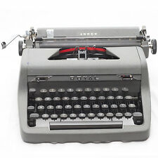 1950 Vintage Royal Quiet Deluxe Portable Typewriter w/ Case Collectable Antique