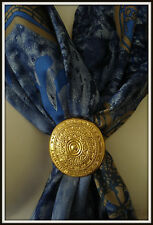 Broche attache Yves St Laurent Goossens E3 Brooch scarf vintage jewelry
