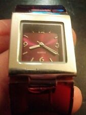 Vintage Accutime Watch Corp ladies wrist watch, running with new battery  NR