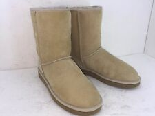 UGG AUSTRALIA CLASSICS SHORT BOOTS SZ 10 BEIGE WOMEN'S IN PRISTINE CONDITION