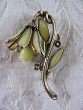 Trifari Yellow Flower Pin/Brooch Stained Glass - Flower Head Swivels