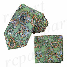 New Brand Q Men's Micro Fiber Neck Tie & Hankie Set Paisley Green Gold