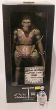 ALIEN RESURRECTION : BOXED NEWBORN ALIEN MADE BY MEDI COM TOYS IN 1998