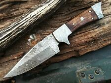 BEAUTIFUL HAND MADE DAMASCUS STEEL HUNTING KNIFE | DAGGER BOWIE | WALL NUT WOOD