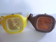 RUBBER WATCHES! SET OF 2! BROWN & YELLOW! HUGE FRONT! FREE SHIP! NEEDS BATTERIES