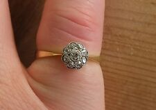 Diamond Daisy Cluster Edwardian 18 ct (750) Gold Ring