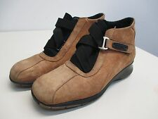 Women's Bogner tan leather suede buckle wedge ankle boots size 7.5  37 EUC