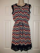 NWOT EN FOCUS STUDIOS Chevron Print Belted Waist Dress (Size:6)