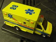 Spencer Rettungswagen FORD  E-350    Ford E-350 Spencer ambulance    1:47