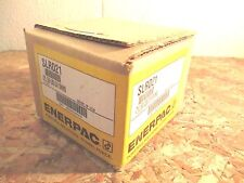 ENERPAC SLRD21 SWING CYLINDER RIGHT TURN LOWER FLANGE MOUNT DOUBLE ACTING 500