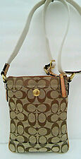 Coach  Signature  Swingpack.  Cross Body Purse  Hampton 10250. Excellent!!