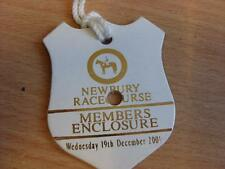 19/12/2001 Newbury Races - Horse Racing Badge (good condition with no apparent f