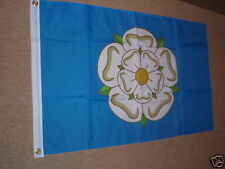 NEW STYLE YORKSHIRE CRICKET YORKS FLAG 3 x 2 BRAND NEW POST FREE IN UK