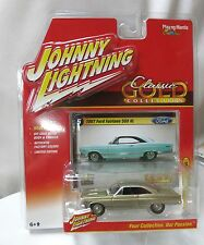 Johnny Lightning 1967 Ford Fairlane 500 XL GOLD Classic Gold Collection