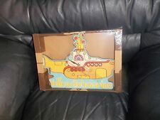 THE BEATLES YELLOW SUBMARINE BATTERY OPERATED CLOCK BRAND NEW AND BOXED AWESOME