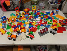 LEGO DUPLO  HUGE MIXED LOT OF 190+    MANY SPECIALTY PIECES    BIG LOT!!